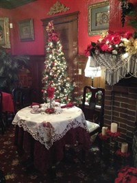 2018178  Victorian Holiday Tea at Abigal's
